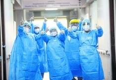 """Lambayeque: médicos de la promoción """"COVID-19″ se graduaron luego de tres años de formación"""