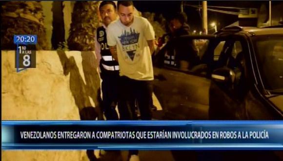 Los extranjeros acusados de perpetrar robos permanecen detenidos en la comisaría de Chosica. (Foto: Canal N)