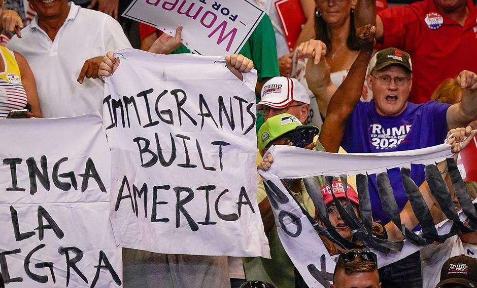 Los inmigrantes legales en Estados Unidoss, según nueva norma, deberán demostrar que pueden subsistir sin ayuda del gobierno. (Foto: Reuters)
