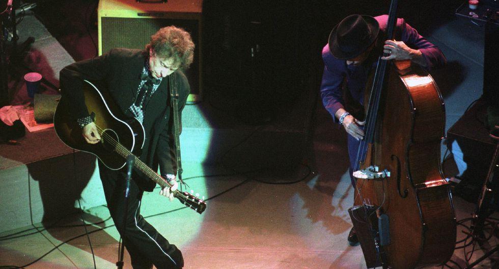 Además de sus millones de discos vendidos y su premio Nobel, Dylan incursiona en el mundo del whiskey. (Foto: EFE)