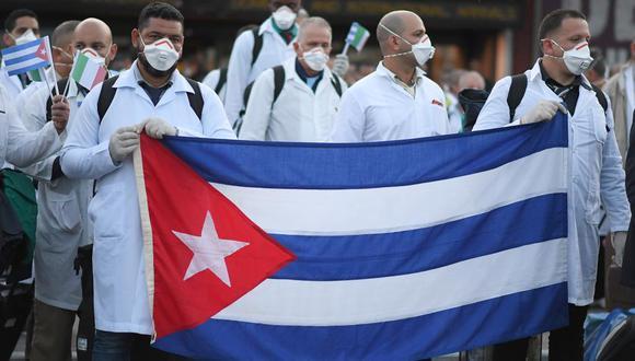 A LA CUBANA. El gobierno de Cuba espera que el presidente Martín Vizcarra de luz verde al viaje. ¿Este permitirá tremendo despropósito? (EFE)