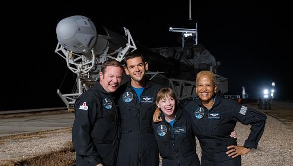 SpaceX pondrá por primera vez en órbita una tripulación integrada totalmente por novatos. (Foto: Twitter @inspiration4x)