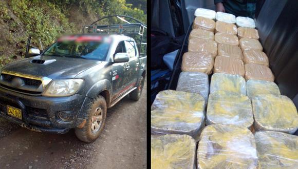 Puno: tres sujetos fugan de camioneta y abandonan 30 paquetes con PBC