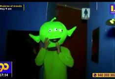 SJL: intervienen prostíbulo clandestino con 30 jóvenes y una persona disfrazada de extraterrestre
