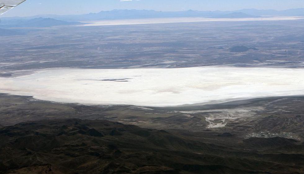 Bolivia: El lago Poopó, el segundo más grande del país, se convierte en un desierto. (EFE)
