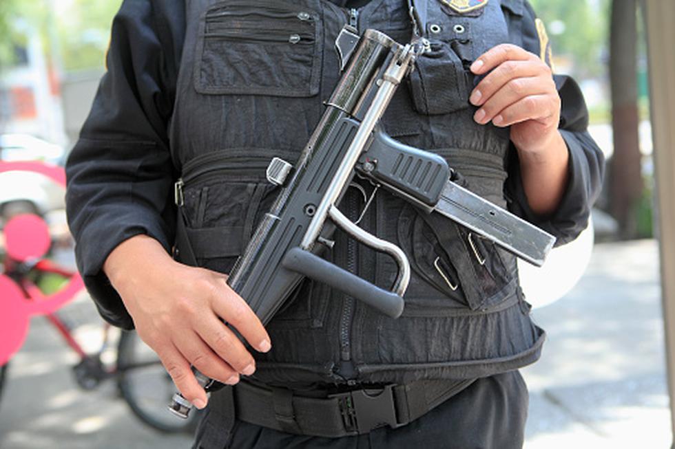 Un policía de la Dirandro de Juliaca fue víctima de un falso mototaxista y de sus dos secuaces, quienes lo asaltaron y maniataron para robarle S/100 y otras pertenencias. (Getty/Referencial)
