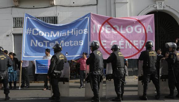 Colectivo marcha hoy al Congreso de la República (Foto: Referencial/GEC)