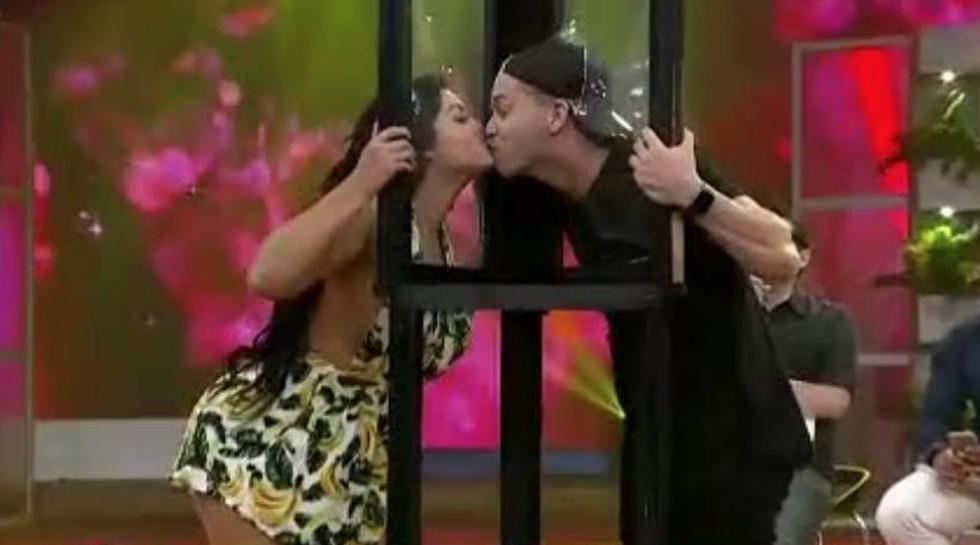 Michelle Soifer oficializó su relación con Kevin Blow con un tierno beso.