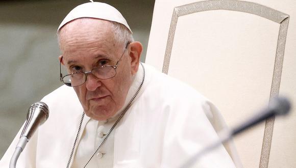 """El sumo pontífice señaló que no se deben evocar los """"dolores del pasado"""" para quedarse ahí, sino """"aprender de ellos"""". (Foto: Reuters)"""