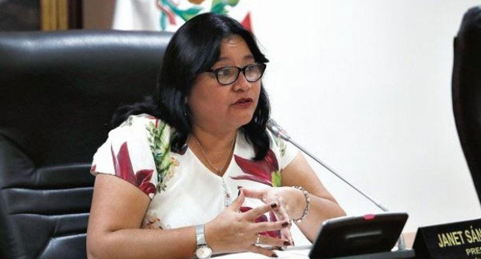 Sánchez recordó que Acuña fue elegido congresista y los legisladores deben dejar de lado los negocios empresariales durante su gestión. (Foto: GEC)
