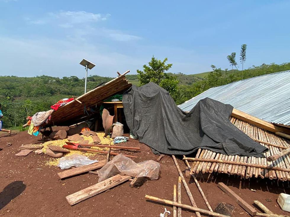 Techos de la comunidad de Anack Churuyacu se vinieron abajo con los fuertes vientos (Foto: Municipalidad de Lamas)
