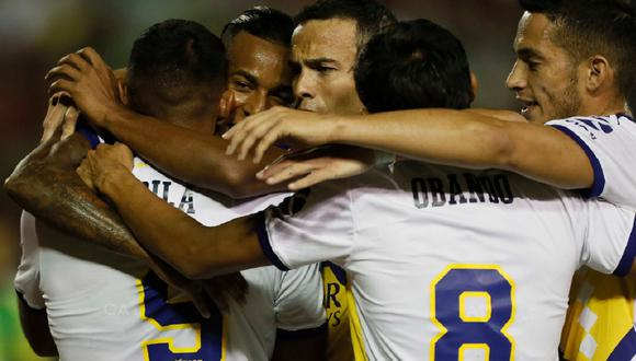 Con Carlos Zambrano: Miguel Ángel Russo confirmó a sus concentrados para definir el título de la Superliga argentina. (AFP)