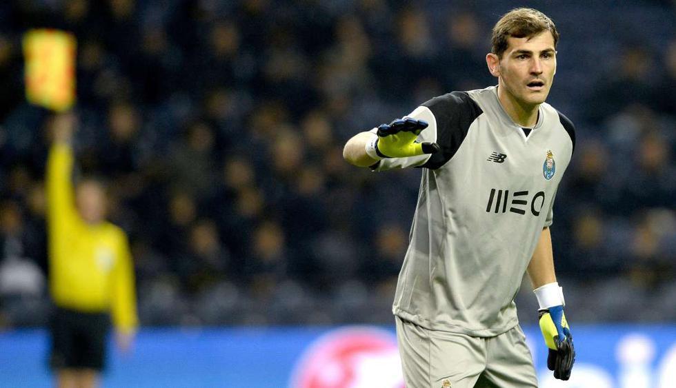 El mundo del fútbol se solidariza con Iker Casillas. (Foto: EFE)