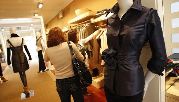 Consumidores ya no escatiman en consumir moda. (USI)