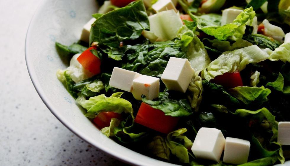Lo que necesitas es un cambio de hábitos, pero sin llegar a extremos, manteniendo una adecuada alimentación, rica y balanceada. (Foto: Pixabay)