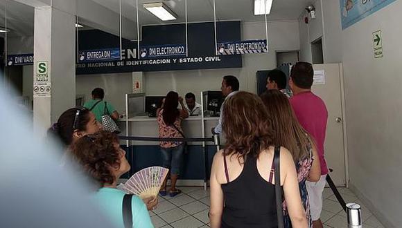 Trabajadores de RENIEC realizan paro de 24 horas  (Foto: GEC)