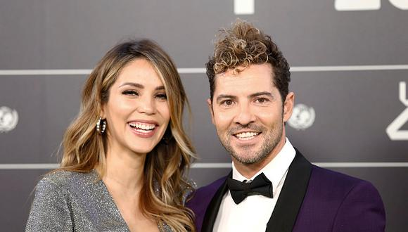 David Bisbal y esposa
