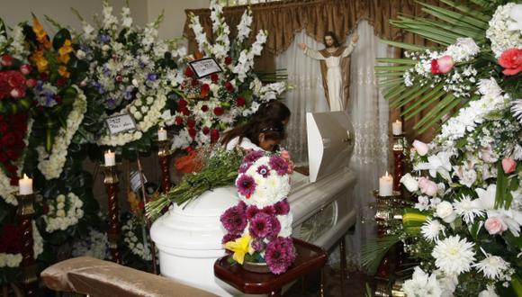 DOLOR. Familiares de la menor le dieron ayer el último adiós. (Difusión)