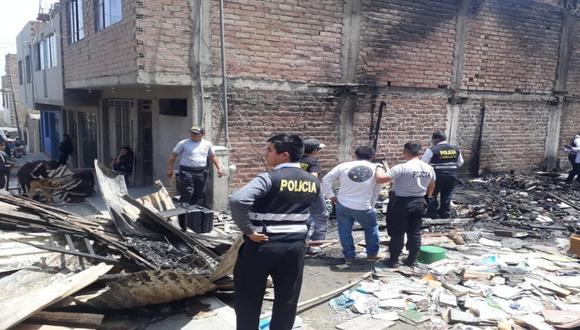 Incendio se desató en la zona O de Huaycán. (Foto: R. López / Difusión)