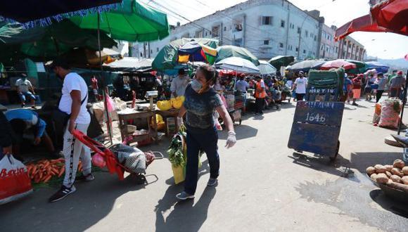 """Jorge Muñoz sobre el Mercado de Frutas: """"Se está invitando a cualquiera a contagiarse de coronavirus""""  (Foto: Lino Chipana)"""