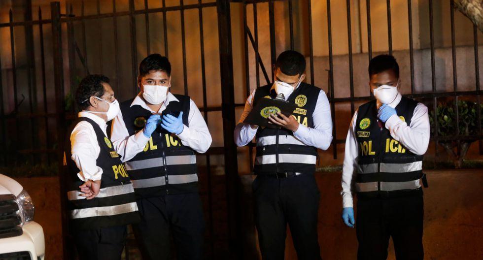 Dos sujetos lanzaron bombas molotov contra la parroquia Nuestra Señora de la Asunción. (César Grados/GEC)