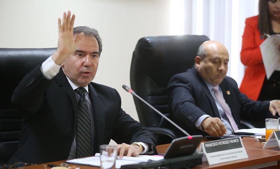 El congresista de la Bancada Liberal, Francesco Petrozzi, cuestionó que Yeni Vilcatoma tenga un programa en el canal del Congreso. (Foto: Difusión)