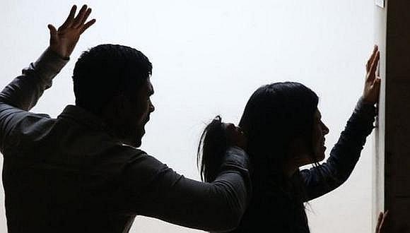 La erradicación de la violencia contra la mujer implica el compromiso de varios sectores, señaló la ministra de la Mujer.