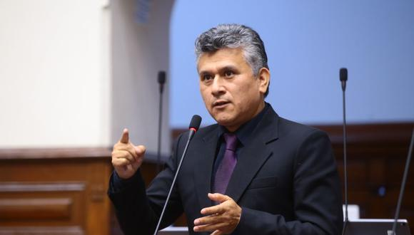 El ex asesor principal de César Campos contó que el legislador les pedía un porcentaje de su sueldo a sus trabajadores. (Foto: Congreso)