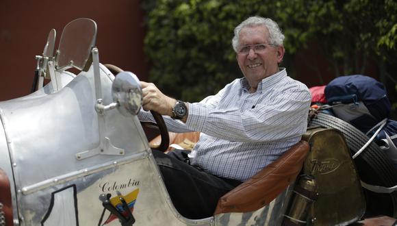 Jorge Nicolini es coleccionista de autos clásicos.