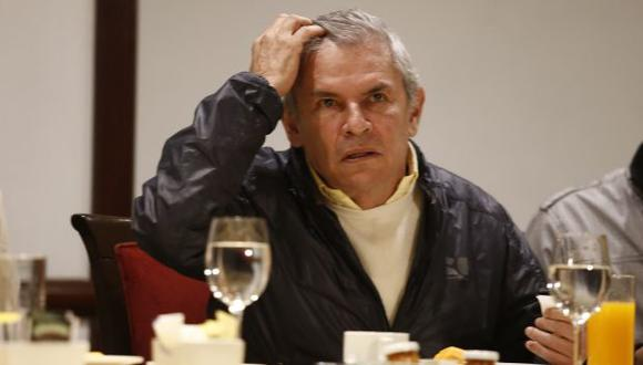 Castañeda dice que gastó S/.22 mil, para ONPE fue más de S/.6 millones. (Perú21)