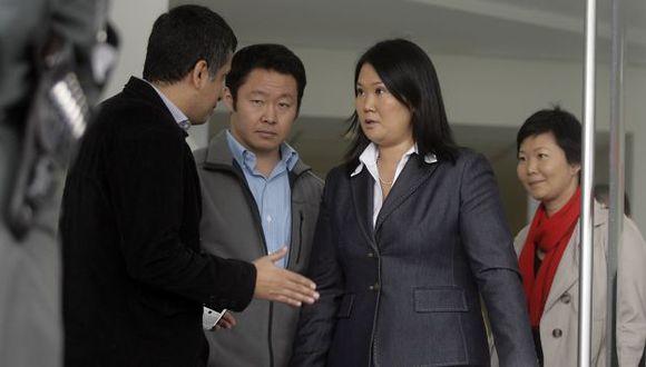 DECISIÓN. Keiko y sus hermanos anunciaron el pedido de gracia presidencial, que estará en manos de Ollanta Humala. (A. Orbegoso)