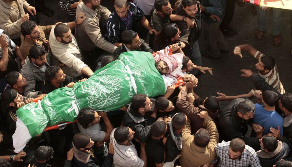 Los muertos del lado palestino suman 100 en este sexto día de ofensiva israelí. Los heridos llegan a 900, informó Ministerio de Salud. (Reuters)