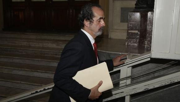 El legislador oficialista deberá explicar su iniciativa. (Rochi León)