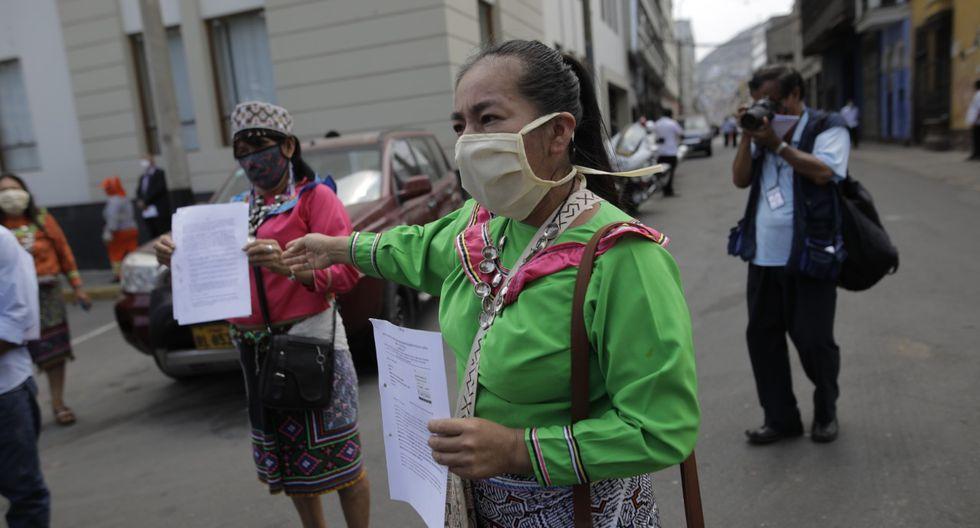 Un grupo de vecinos de Cantagallo llegó hasta el Congreso de la República para pedir apoyo de las autoridades durante el estado de emergencia. (Anthony Niño de Guzmán/GEC)