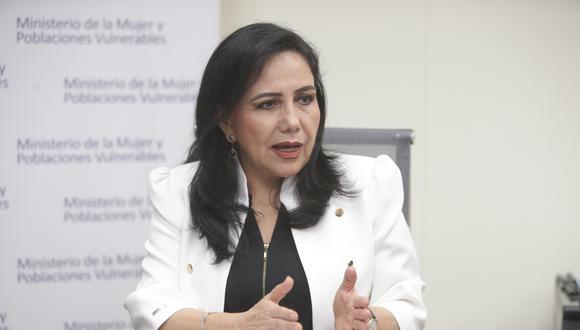 Ministra Gloria Montenegro lamentó críticas a miembros del Ejército por campaña de violencia contra la mujer. (Foto: GEC)