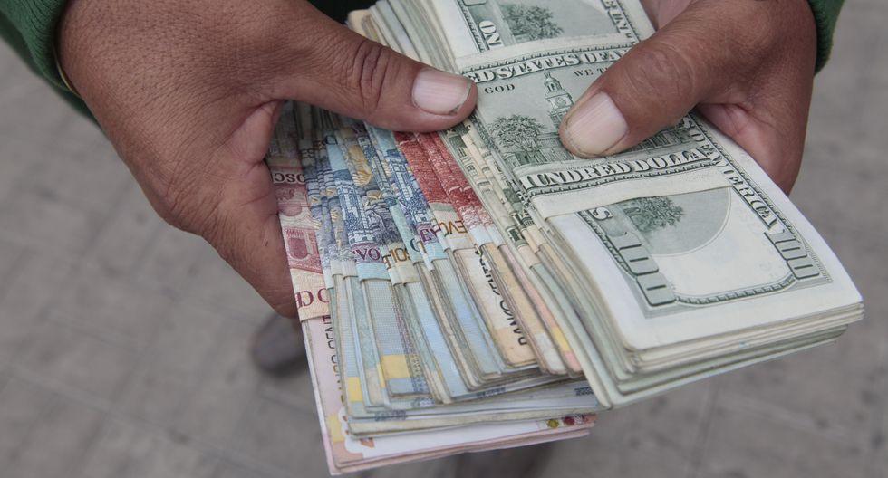 El dólar registra una caída del 0.62 % en lo que va del año. (Foto: GEC)