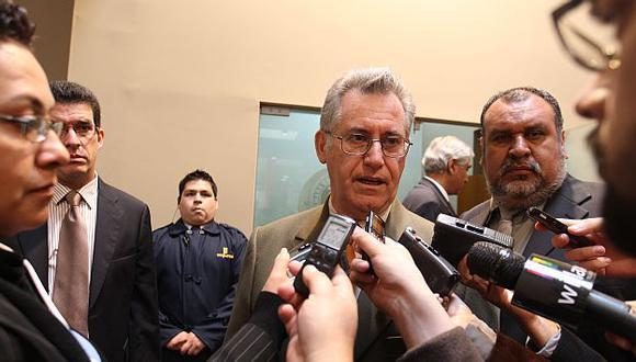 Herrera Descalzi dice que se debe  llegar a un acuerdo a través del diálogo. (USI)
