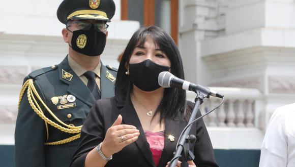 Mirtha Vásquez señaló que se debe buscar soluciones y no confrontación. (Foto: @congresoperu)