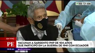 Vacunan a sargento de 104 años que participó en guerra de 1941