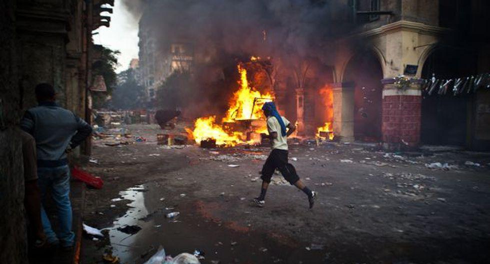 Escalada. Varias ciudades egipcias se han transformado en campos de batalla por las protestas. (AFP)
