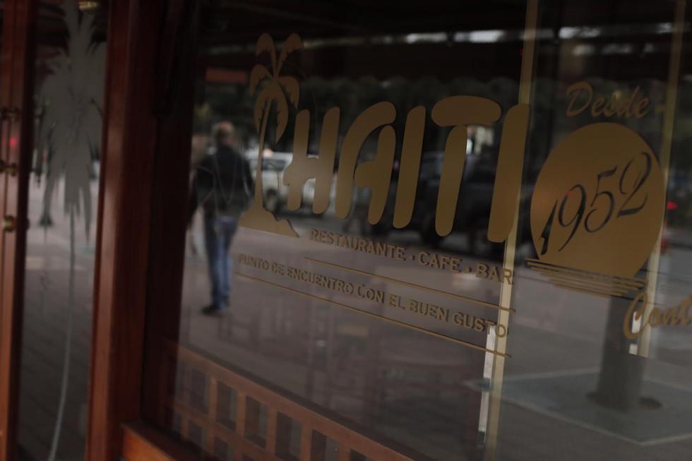 Un futuro incierto, pero no un cierre definitivo. Esa es la realidad que atraviesa el emblemático Haití Restaurante Café Bar, cual supuesta desaparición despertó recientemente nostalgia y revuelo entre usuarios de las redes. (Foto: Leandro Britto/ GEC)