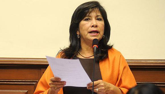 Legisladora fujimorista en contra de la salida de los ministros. (USI)