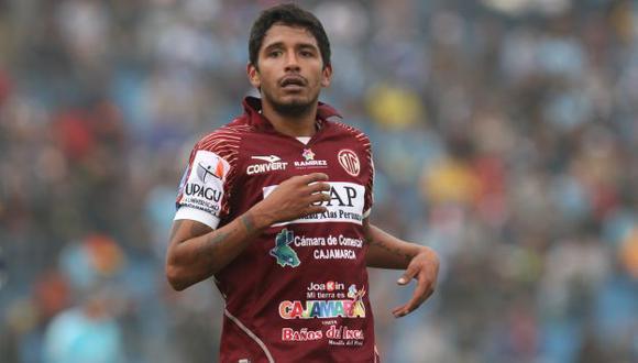 Reimond Manco considera que no es alcohólico, sino solo pollo. (Perú21)