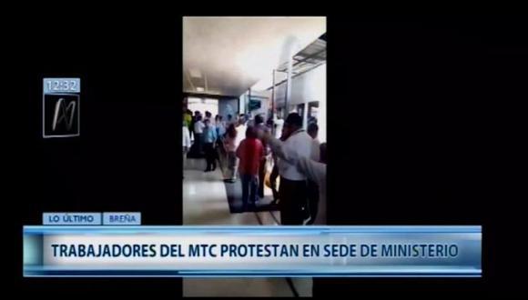 Trabajadores del MTC piden la renuncia del Edmer Trujillo tras pagos irregulares. (Foto: Captura Canal N)
