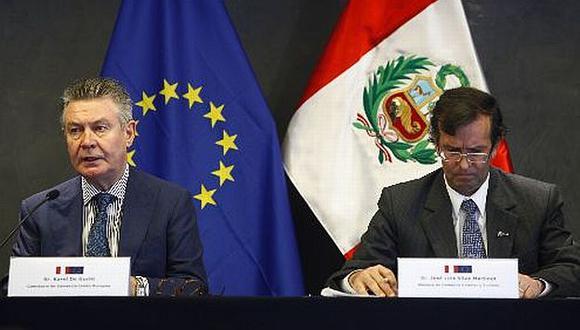 El comisario de Comercio de la UE, Karel De Gucht, se reunió con el ministro Silva Martinot. (Andina)