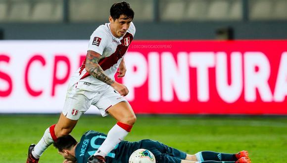 Gianluca Lapadula disputó cuatro partidos con la selección peruana y dio dos asistencias. (Foto: AFP)