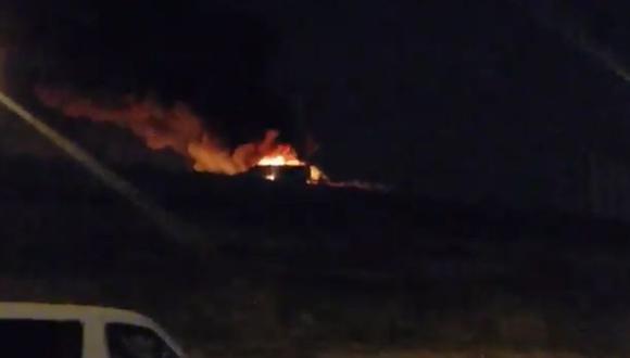 Avión presentó falla mecánica y se incendió. (Captura de video)