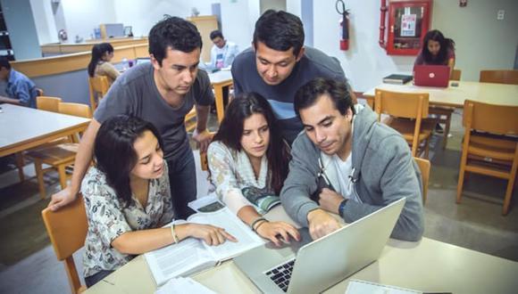"""""""Se calcula que, durante este segundo semestre del 2020, 350 mil estudiantes en universidades dejarán de estudiar y 250 mil en institutos tecnológicos"""". (Foto: Minedu)"""