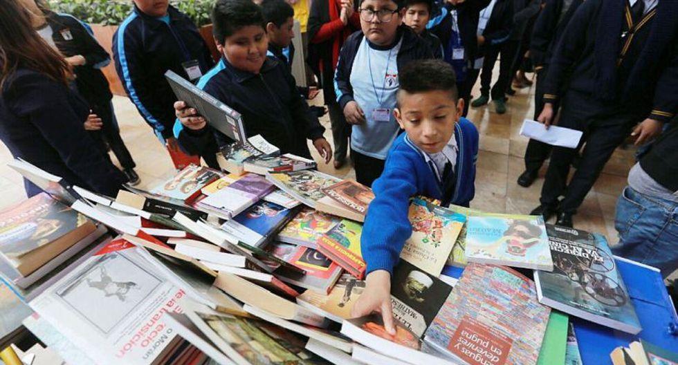 En un primer paso, ya se entregaron 50 mil libros editados por el programa Lima Lee. (Difusión)