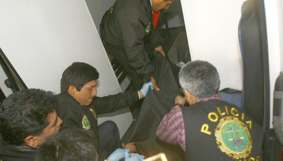 FATAL DESENLACE. El cuerpo del joven estuvo en cuarto de servicio. (Allen Quintana/USI)